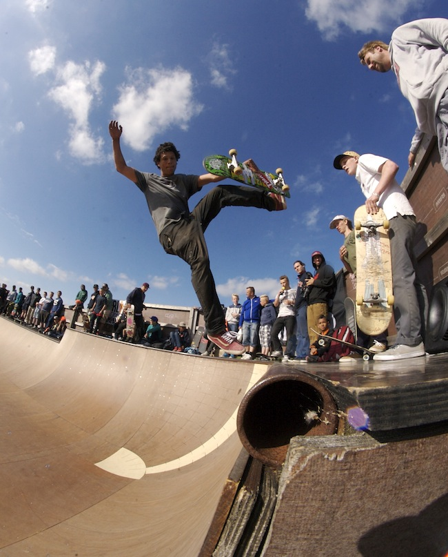 Andreas Laustsen - Boneless One